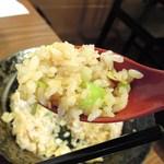 六五郎 - 醤油炒飯
