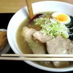 香娘めん - 塩チャーシュー麺(稲荷付き)600円税込 2016/11/10