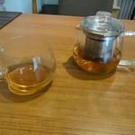 だるまだるま - ほうじ茶