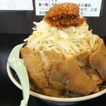 雅狼 - 雅狼麺、子ブタ