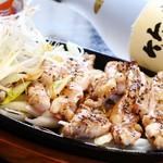 竹とんぼ - 鳥セセリのガーリック炒め