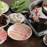 中華料理 ハルビン飯店 - メイン写真: