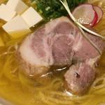 チョップスティック デ 麺 - チャーシュー