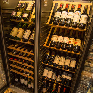 数種類のワインをご用意しております。