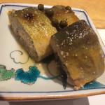 濱一 - 鞍馬煮(鞍馬山椒などで煮た子持ち鮎)