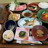 さゆり荘 - 料理写真:夕食ですw 味は普通ですが、価格の割に相当頑張っていると思いますw