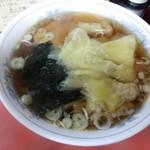 松月 - ワンタンメン ¥450