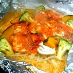 58659122 - 熱々♪北の黄金鶏トマト鉄板焼き