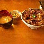 ぶた八 - 豚丼