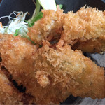魚市場食堂 - アジフライとカキフライ