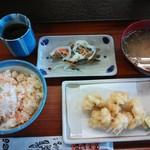 彩菜食堂 - 鯛めし、アナゴ天、キビナゴ南蛮漬け