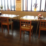 彩菜食堂 - テーブル席