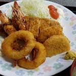 お食事処 膳楽 - 特にジャンボのものは・・・。