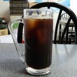 お食事処 膳楽 - サービスのアイスコーヒーです。