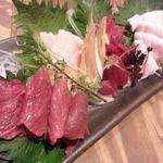 門前仲町肉寿司 - 肉刺し 4種盛