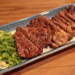 手打ちうどん 山肉料理 みたから - 鹿肉の炭火焼 ロース
