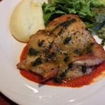 58675642 - 鶏もも肉のソテー バジルソース(16-10)