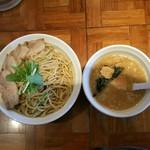 58678358 - 「つけ麺(特盛440g)」+「肉増しW」