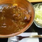 サンロード - 料理写真:カツカレー