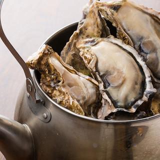 牡蠣のやかん丸ごと酒蒸し