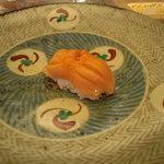 たつ福 - 赤貝。