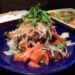 居酒屋 ひと息 - 料理写真:鶏の唐揚げさっぱり梅味¥630