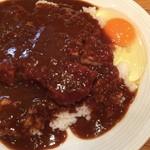 カレーハウス キラリ - カツカレー + 生卵(アップ)