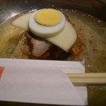 万両 - 〆に冷麺