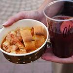 スペイン厨房 ティオ アキラ - 料理写真:ガンバス アル アヒージョとサングリア