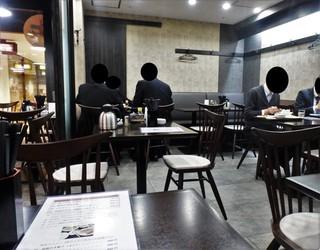 歓迎 田町駅前店 - テーブルのみ70席