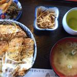 お食事処 飛鳥 - 料理写真:カツ丼710円