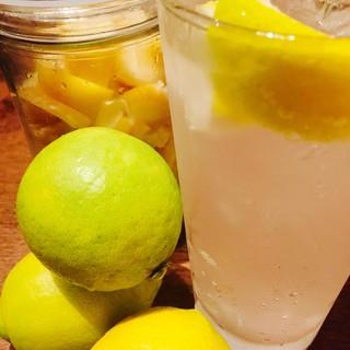 瀬戸内レモンサワーでシュワッと乾杯っしょ!!^^♪