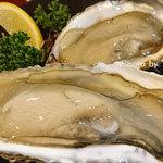 刺身居酒屋 なか善 - ジャンボ生牡蠣