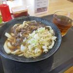 マリンズキッチン - 肉うどん450円。