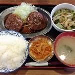 58726595 - メンチカツ定食 550円
