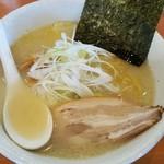 麺や 白 - 塩ラーメン 730円