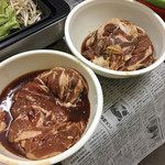黒べこ - 料理写真:右がくろべこ、左が厚別まるまる