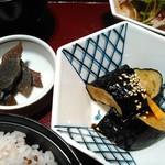 58740178 - 奈良漬け、茄子を揚げたもの。茄子に味が付いてました。