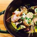 食堂Tavolino - 寒い季節にあったかいアクアパッツァをお鍋ごと!