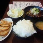 58743073 - 牛すじ煮込み餃子ランチ 700円