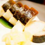 とろさば料理専門店 SABAR - 炙り大とろ鯖棒寿司 ハーフ