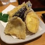 うどん日和ひこどん - 豪華なランチセットの天ぷら(サービス券使用で680円)