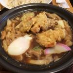 うどん日和ひこどん - 熱々!鶏天味噌鍋焼うどん(税込1,050円)