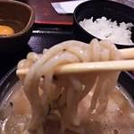 58744338 - 太麺で濃厚な白湯スープに良く絡む