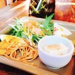 アジアン食堂 ジョージのレシピ - H28.11 前菜盛り合わせ‼︎ボリュームありますね〜