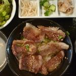 永秀 - 牛ステーキ定食 税込1000円