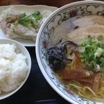 大島 - いりこラーメン530円の水餃子セット300円