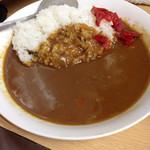 """信濃路 - カレー これぞ""""ザ・普通""""!"""