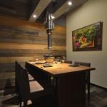 北海道産ひつじ肉炭火兜ひつじ×烤羊肉 - 個室は接待で人気のお席です