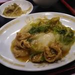 上海楼 - 白菜と豚肉の炒め物